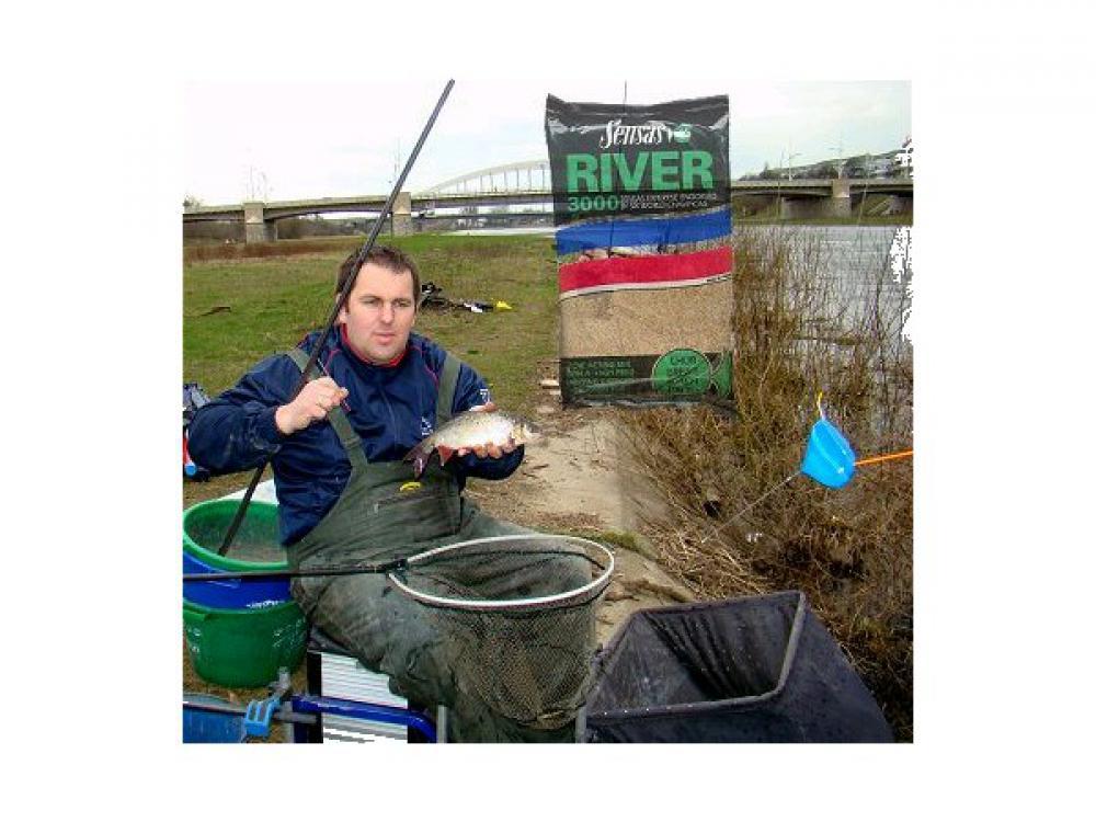 www.leszcz.pl - Angielska wersja zanęty Sensas  River 3000