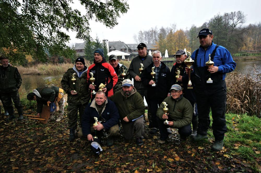 Staw Młyński w Antoninku - łowienie na płytkim zbiorniku oraz zawody o Puchar Antoninka